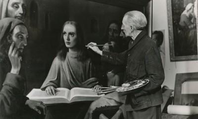 Han van Meegeren namaluje Mladého Krista v chrámu přímo před svědky.
