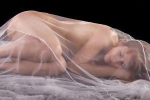 Některé ženy zažívají orgasmus pouze ve snění. Bohužel je erotických snů jen 8 procent.