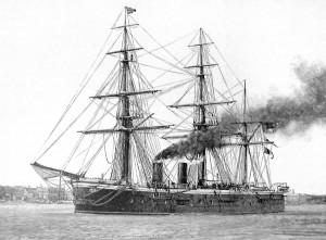 Britský parník HMS Sultan přežil srážku bez větších problémů.