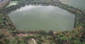 Zbytky přístavu se zachovaly dodnes v podobě jezera Traiano.