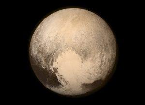 Pluto, jak jej zachytila sonda New Horizons.