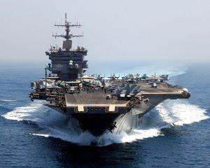 Americká letadlová loď USS Enterprise je o neuvěřitelných 73 metrů delší než slavný Titanic.