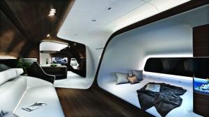 Interiér se proměnil použitím kontrastních barevných odstínů na podlaze, bocích i stropu.