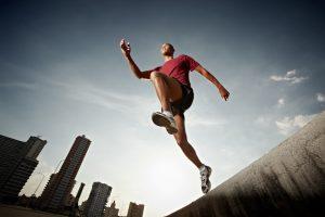 Jeden krok vyžaduje zapojení až 200 svalů.