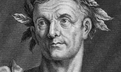 V čele svých legií byl Caesar neporazitelný. Jeho muži ho bezmezně obdivovali a poslouchali.