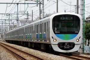 Reflexními povrchy budou opatřeny některé z vlaků, které jezdí po japonských železnicích v současné době.