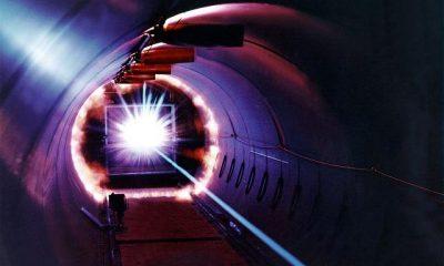 Doba trvání laserového pulzu je velmi krátká, maximálně pouhých 350 pikosekund (méně než půl miliardtiny sekundy).
