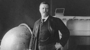 """O Rooseveltovi je známo, že si pěstoval """"chlapáckou"""" image."""