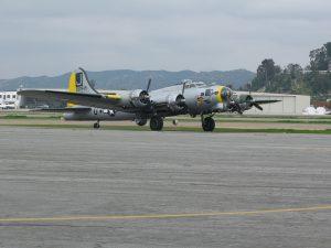 Rozpětí křídel letounu TB-17G činí bezmála 32 metrů.