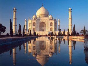 Od roku 1983 je Tádž Mahal součástí Seznamu světového dědictví UNESCO.