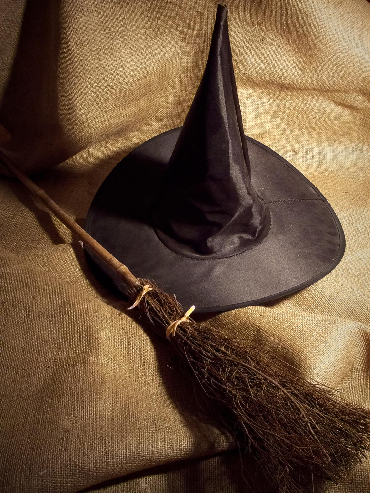 Открытка с днем рождения ведьме 32