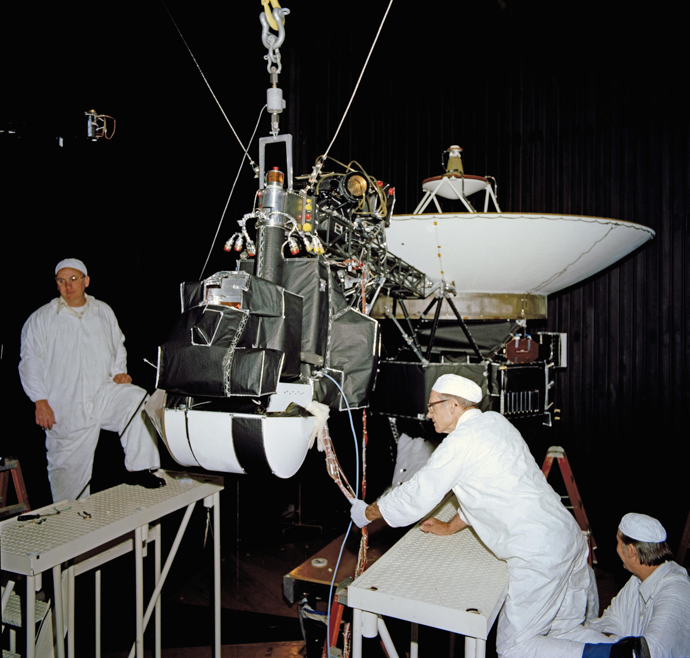 Voyager TestingDate	27 April 1977