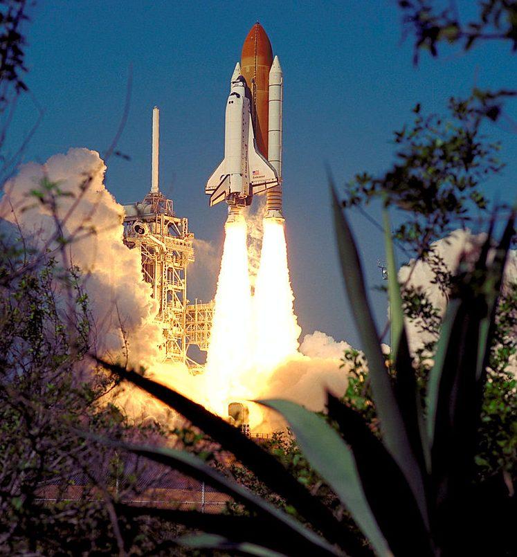 Hydrazin se podílel i na vynášení amerických raketoplánů do kosmu.