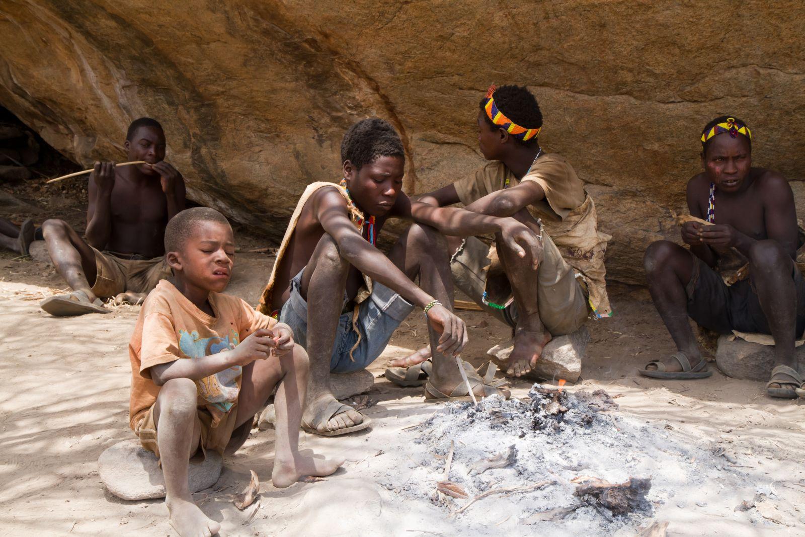 V Tanzánii spí o tři hodiny méně než je doporučovaných 8-9 hodin