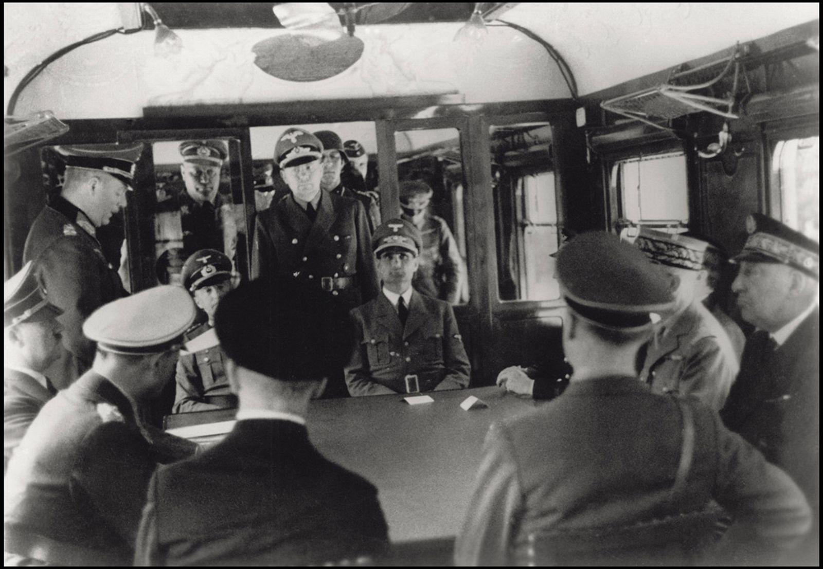V Hitlerově vlaku Amerika docházelo k důležitým jednáním vysokých představitelů nacistického Německa a padala zde klíčová rozhodnutí.