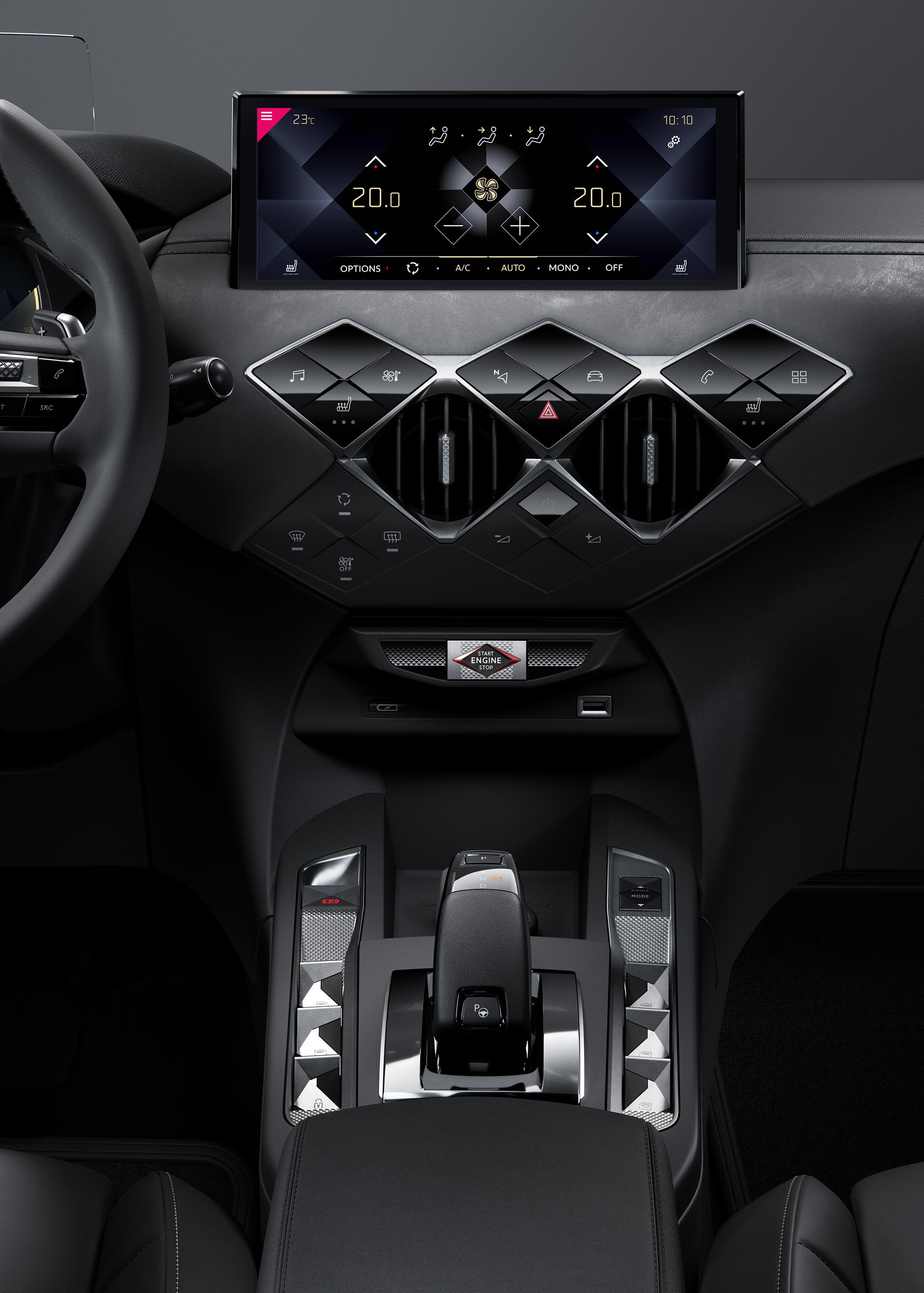 Elegantní a přitažlivý vůz DS 3 CROSSBACK okouzlí zákazníky, kteří vyhledávají nové technologie a touží po stylovém a současně dynamickém SUV.