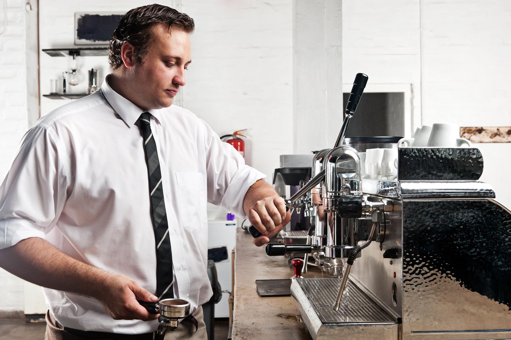 Barista vám připraví skvělou kávu.