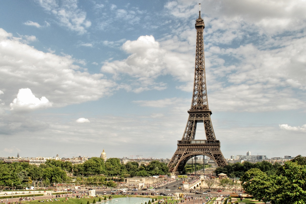 Prvenství nejvyšší stavby světa si Eiffelova věž udržela celých 41 let.