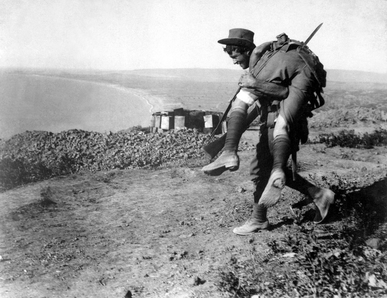 O úspěch usilují Spojenci 2 měsíce. Dohromady ztratí na 256 000 vojáků.