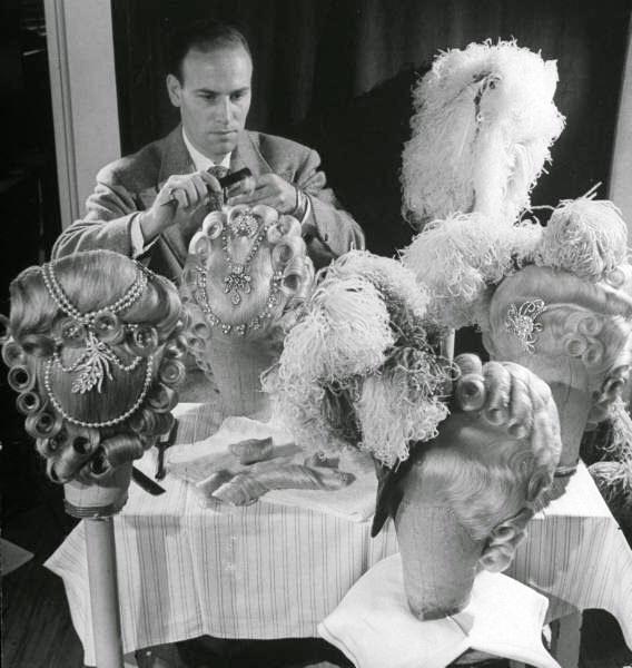 K filmu Marie Antoinetta vytvoří na 10 000 paruk.