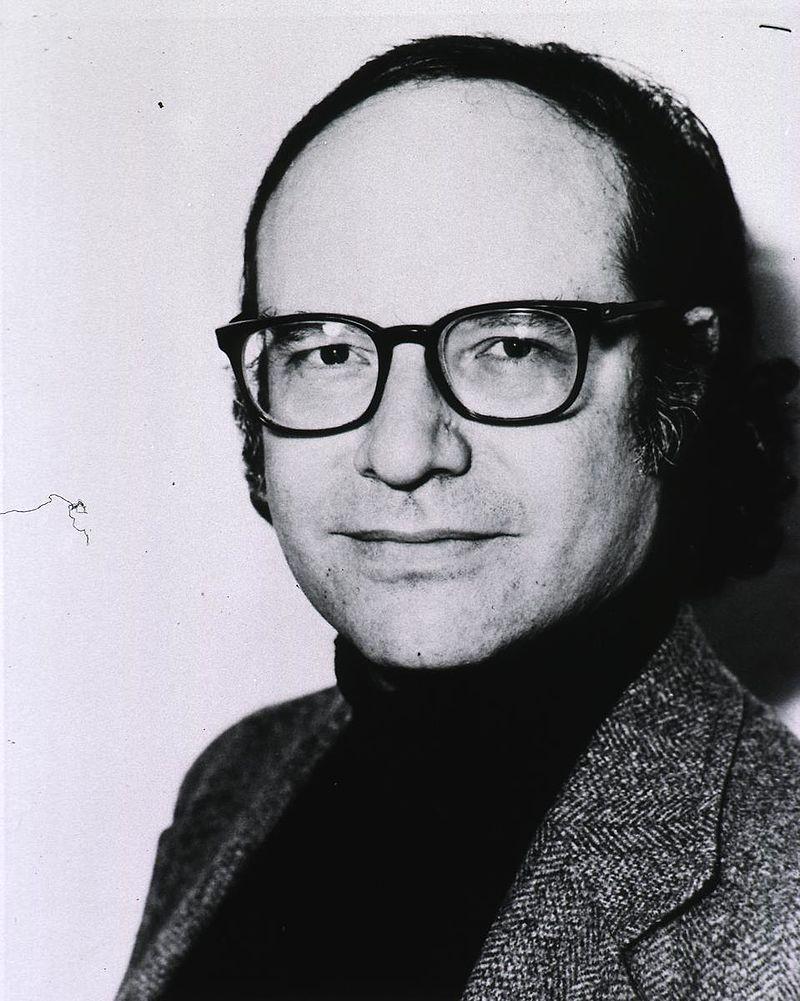 Zdokonalení sekvenace provedl v roce 1977 Walter Gilbert, který za svou práci později získal Nobelovu cenu.