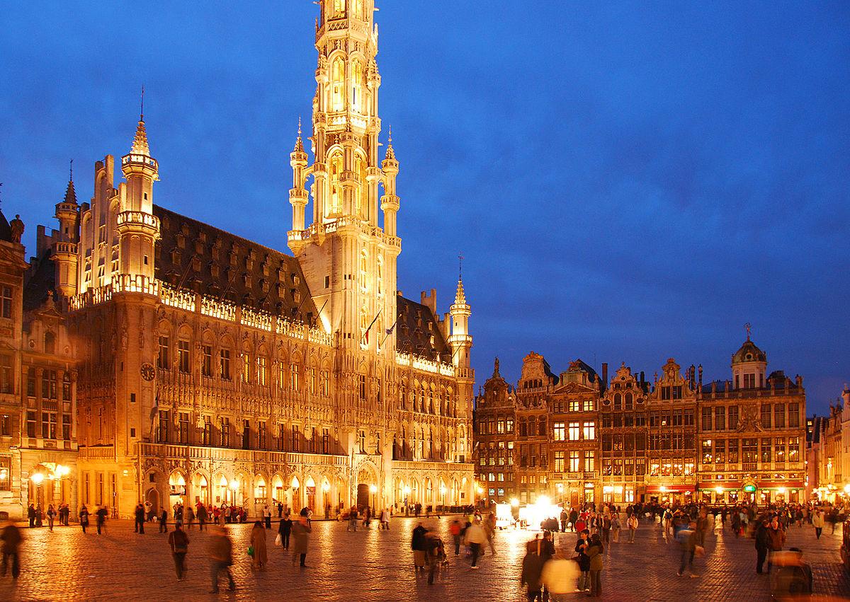 Historie slavného Grande-Place sahá až do 11. století.