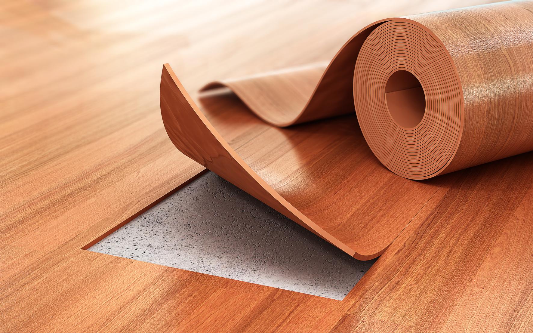 PVC je měkký materiál, takže ruce pryč od drátěnky nebo přípravků na bázi tekutého písku. S poškrábaným povrchem už bychom nic nenadělali. Stejně tak zapomeňte na velmi agresivní čisticí prostředky.