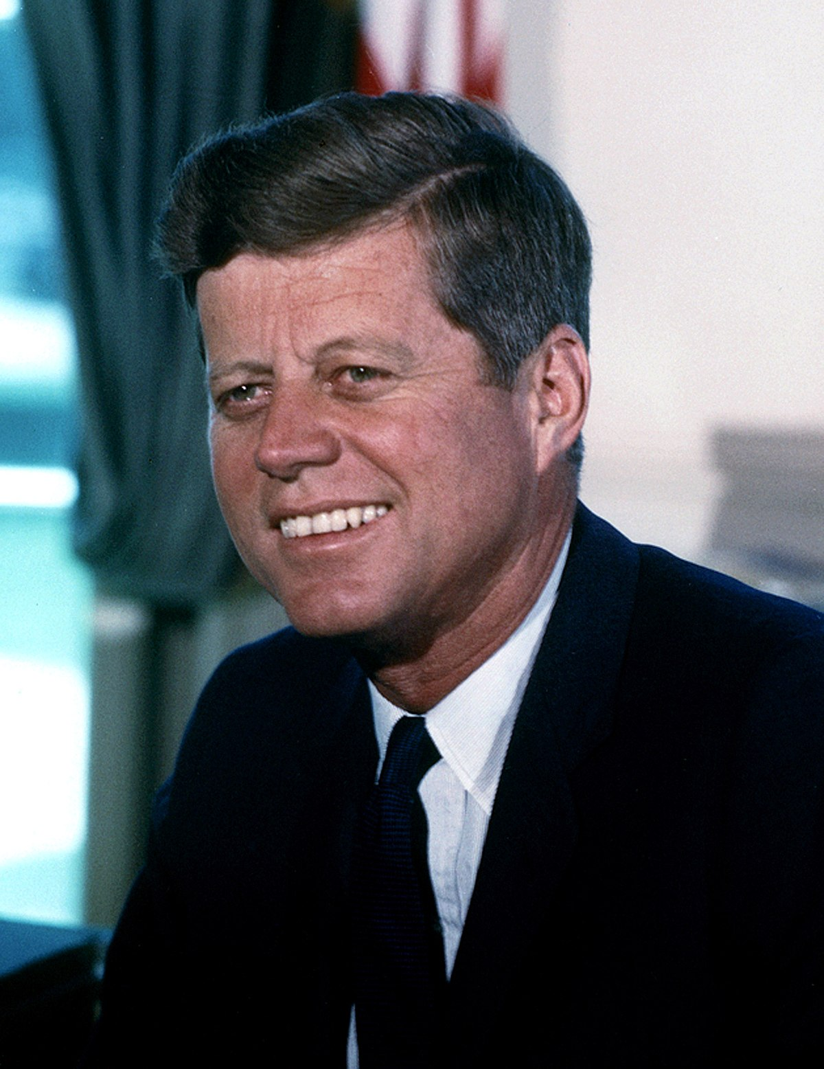 """Jsem Berlíňan!"""" pronesl u Braniborské brány v roce 1963 americký prezident John F. Kennedy."""