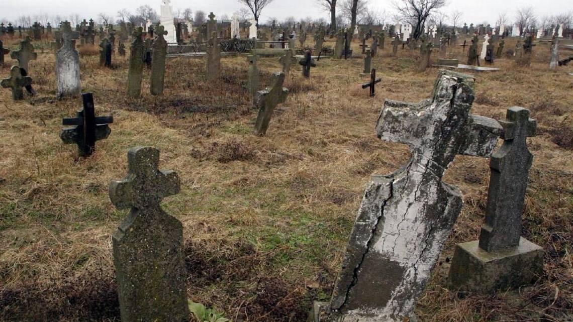 Hřbitov, na němž byl pohřben Toma, který se měl proměnit v hrozivé monstrum.