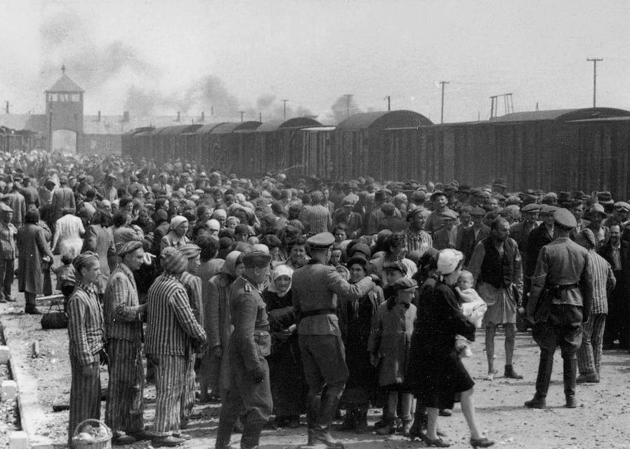 Terezínský rodinný tábor se selekci vyhnul, jeho osud už byl dávno zpečetěn.