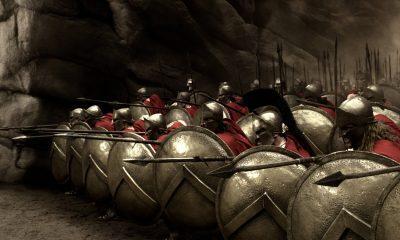V bitvě u Thermopyl zasadili perští nesmrtelní drtivou porážku Řekům. V úzké soutěsce je pobili do jednoho.