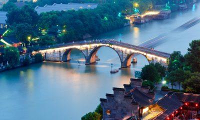 Císařský kanál končí v městě Chang-čou, 200 km jihozápadně od Šanghaje.