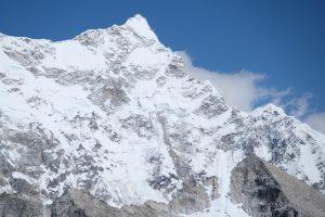 Zamrzlý vrchol zakázané hory