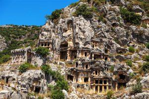 Nejstarší písemná zpráva o podzemních osadách v Kappadokii pochází už z 5. stol. př. n. l.