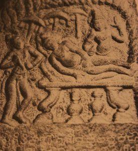 Příslušníci prastarého indického náboženského směru džinismu uctívají ty, kteří si zvolí smrt formou santhara, jako světce.