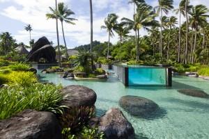 4. Laucala Island Resort na Fidži zdobí epický bazén v bazénu