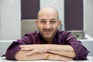 Francouzský šéfkuchař Hervé Rodriguéz je opravdový kouzelník.