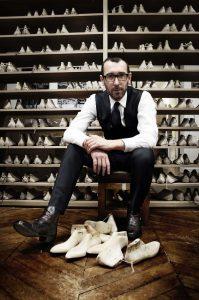 Bývalý kreativní ředitel značky Berluti Alessandro Sartori.