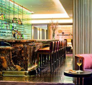 Chcete-li být být v centru dění, je newyorský The Knickerbocker hotel skvělou volbou.