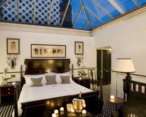 Conservatory Suite v londýnském Hotelu 41 nabízí díky celoprosklené střeše zcela unikátní pohled na oblohu