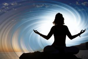 Někteří lidé jsou odolnější vůči bolesti díky meditačním cvičením. To však není případ mladé ženy, která je zcela imunní vůči tělesnému utrpení.