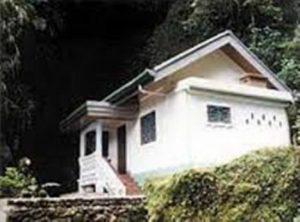 Na hoře Banawah se nacházejí desítky svatyň. Proč je sopka tak uctívaným místem?