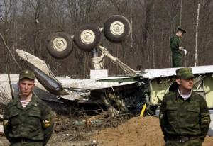 U západoruského Smolenska se 10. dubna 2010 před devátou hodinou tamního času zřítil polský vládní speciál.