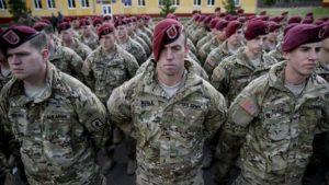 Co by se stalo, kdyby měl někdo k dispozici neohroženou armádu?