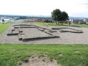 Naděje na nalezení těla si dělá i Uherské Hradiště. Otevřený hrob byl ale prázdný.