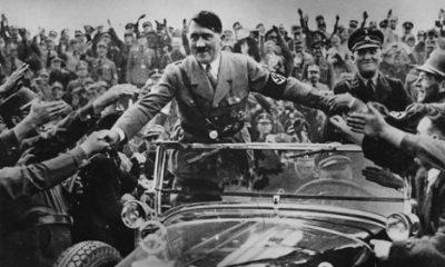 Dozvíme se někdy pravdu o tom, jak se z neprůbojného jedince stal vůdce, který dokázal strhnout davy?