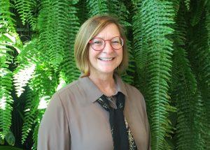 Na obrázku je významná botanička Heidi Appel.