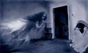 Mstí se duchové těm, kdo toho prozradí příliš mnoho?
