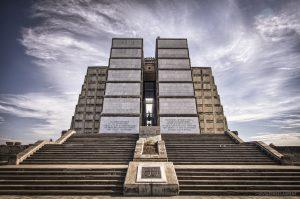 Je dnešním úložištěm Kolumbových ostatků velký chrám v Dominikánské republice?