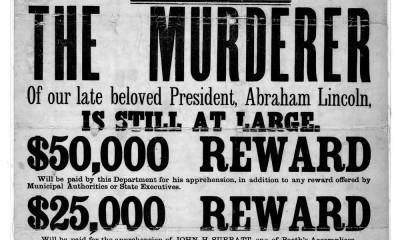 Odměna za dopadení Johna Bootha byla obrovská. Jenže co když vrah jednal na zakázku?